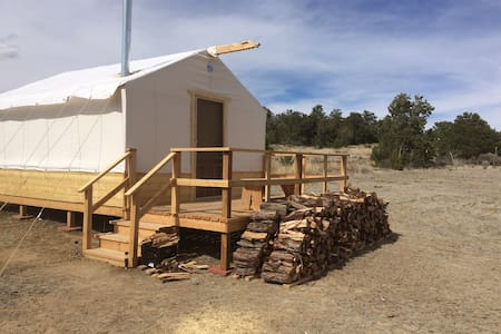 Candy Kitchen Glamping - Pinehill - Tent
