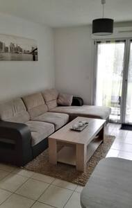 Appartement duplex 3pcs + jardin - Apartemen
