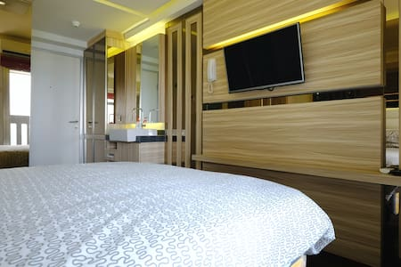 Luxury Studio Apartment (Low Price) - Apartment