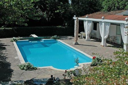 Villa Sottopoggio 10  Empoli Tuscany - Empoli