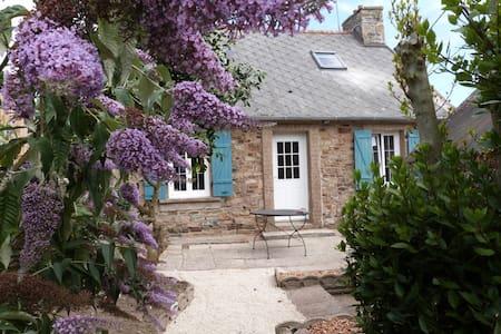 La Magatiane - House