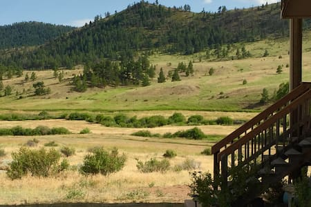 Gorgeous Views, Outdoor Fun- Sparrowhawk Cabin - Livermore - Cabanya