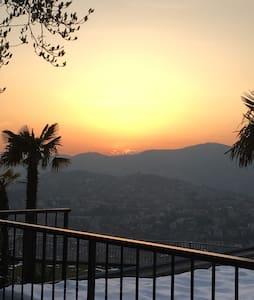 Lugano con giardino panoramico!! - Rumah