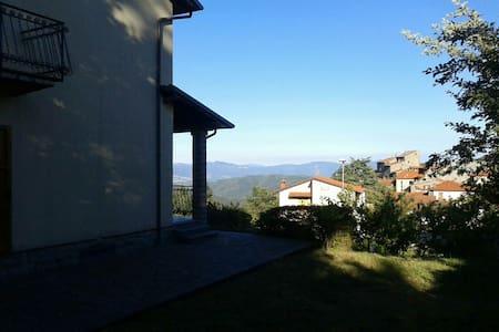 Stupenda Villa al Sole di Montagna - Villa