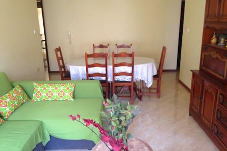 Belle maison chambre confortable - Apartment
