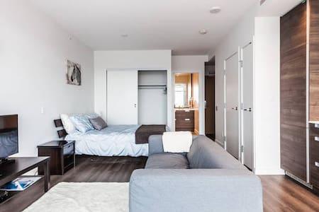 Convenient Getaway in Metro Van - Burnaby - Wohnung