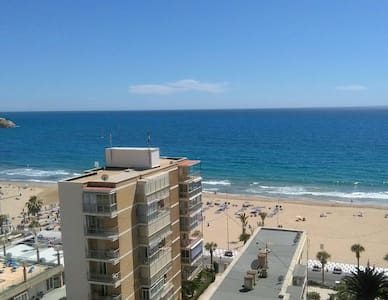 Room + private bathroom + terrace with sea view - Benidorm - Apartment