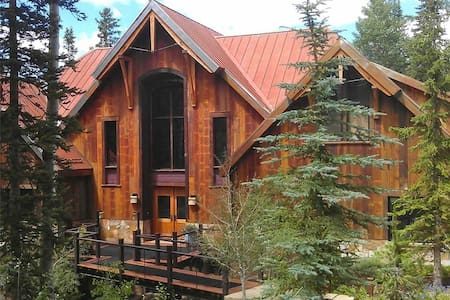 Stunning Mountain Home with Gym, Hot Tub & More! - Other