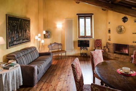 Apartment  Mandorlo near Assisi - Assisi - Apartment