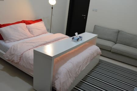 Brand new studio apt ~20 mins away from airport~ - Dubai - Lejlighed