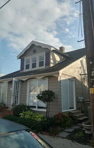 Quiet Charming One Bedroom Apartment Downtown RB - Rehoboth Beach
