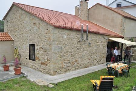 A CASA VELLA - A Estrada - Haus