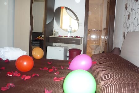 double room whit balkony - Veliko Tarnovo - Bed & Breakfast