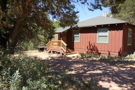 East Verde Estates Riverside Cabin - Payson - Ház