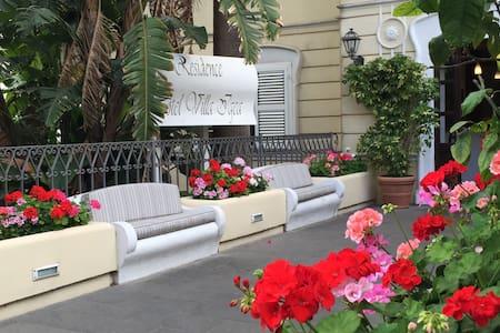 Capri Luxury Apartment ( Villa Igea) - Capri