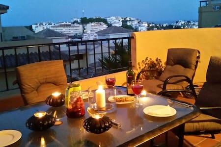 Lovely apartment  & beautiful views - La Cala de Mijas - Apartment