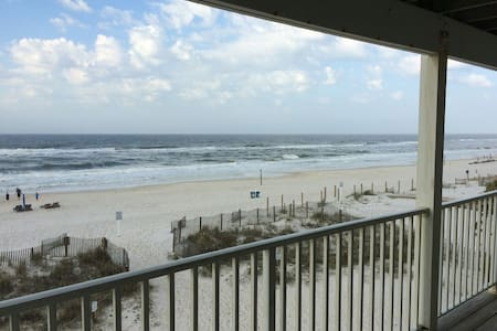 Beachfront!  Amazing View!! - Gulf Shores - Lägenhet