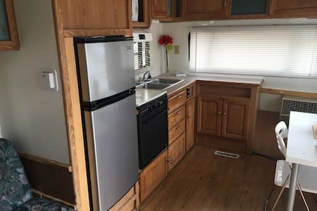 (S39) Extended Stay for Seasoned Travelers - Vacaville - Camper/RV