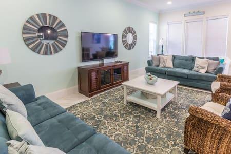 Brand New 4 Bedroom Villa on Scenic 98! - Miramar Beach - Villa