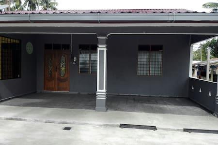 Welcome to Aiman Homestay - Marang