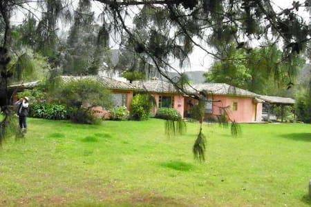 Casa Campestre, capacidad 6personas - Tenjo
