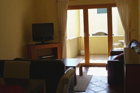 Luxury apartment in Burgau - Apartemen