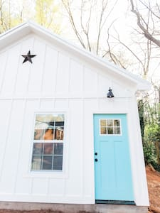 Adorable Intown 1BR Guest Hideaway - House