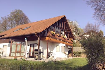 Bavarian house by Starnberg Lake - Starnberg - Apartmen