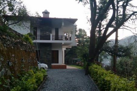 Colonel's Villa - Villa