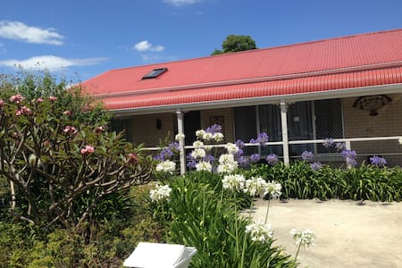 stay at casa mia - North Nowra - House