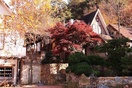 Neutinamoo House - Jinwi-myeon, Pyeongtaek-si