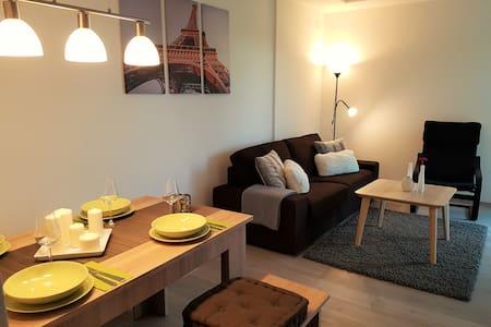3 Zimmer Apartment / Maisonettenwohnung - Pis