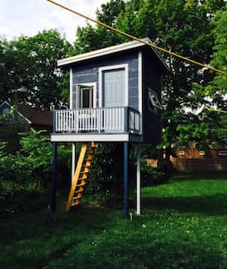 Treehouse Getaway in the Beaches - Toronto - Boomhut