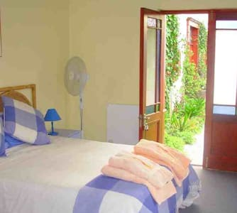 Private double room with own entrance - Overig