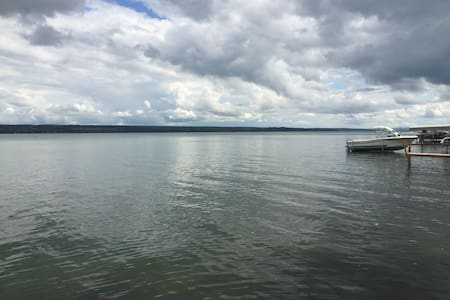 Cayuga Lake Cottage on Wine Trail - Seneca Falls