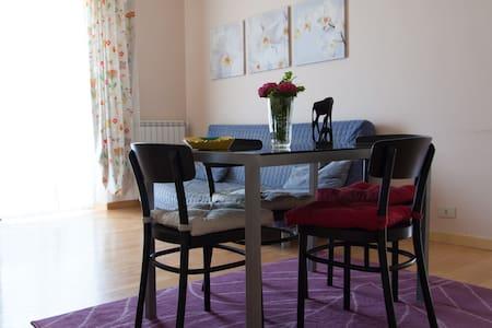 lovely apartment, view to seaside!! - Apartamento