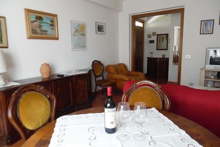 Appartamento nel cuore del Chianti - San Donato - Wohnung