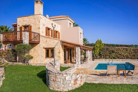 Villa with private pool platanias,chania - Oda + Kahvaltı
