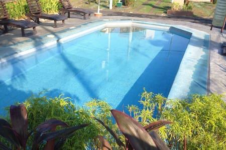 2 bd poolside vibe  condo w extras - Jaco  - Condominium