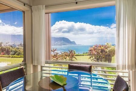Bright & Spacious with Ocean Views