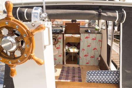 Vakantieboot Swalker ( geen vaarbewijs nodig! ) - Barco