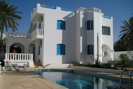 Villa individuelle avec piscine - zarzis - Haus