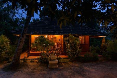 Heritage Marari - Deluxe Cottage - Mararikulam - Villa