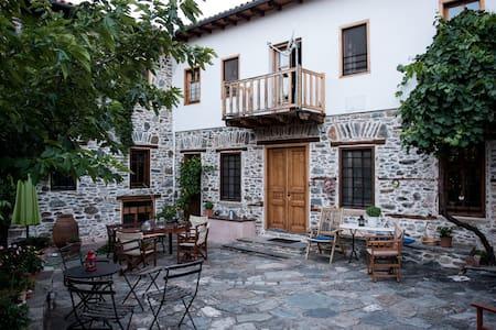 House/Mansion Hatzimichali, Metaxochori, Agia - Metaxochori