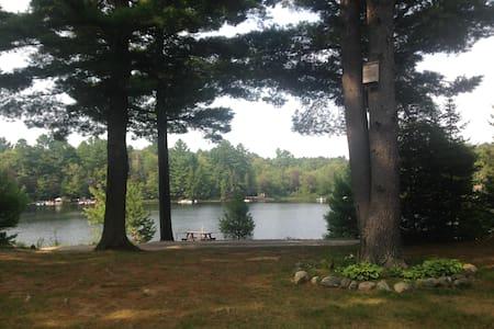 Waterfront Cottage On Prospect Lake
