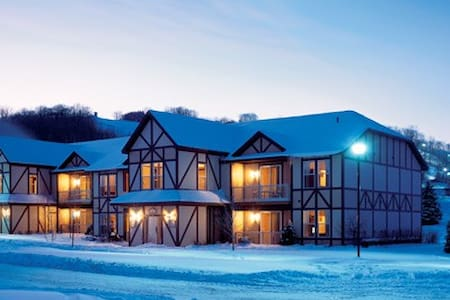 Ski in/out 10 per. Mountain Chalet - Daire