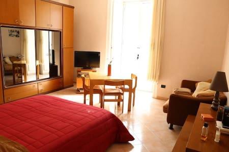 Tra Mare e Monti - Appartement
