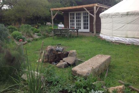 Wall Farm yurt hideaway - Gwinear