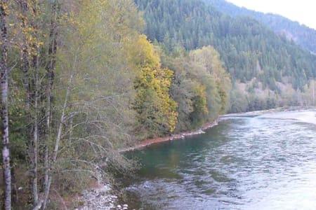 Cascade Mountain Getaway - Rockport - Otros
