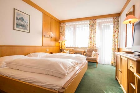 Double Room with Balcony - Lofer